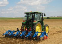 Baja el desempleo agrícola en julio y afecta a 200.131 personas