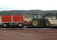 La Consejería de Economía e Innovación y  UPA-Andalucía acuerdan un plan de inspecciones de las básculas de pesado