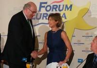 """García Tejerina: """"La industria alimentaria ha contribuido de modo fundamental a la recuperación económica"""""""