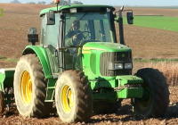 Los agricultores cobijan poblaciones de insectos polinizadores con la ayuda de UPA