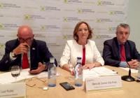 La consejera destaca la subida de la facturación de las  cooperativas andaluzas en un 19,6%