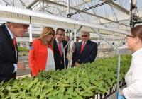 Susana Díaz inaugura en La Rinconada el Centro tecnológico de investigación multicultivo de Dupont Pioneer