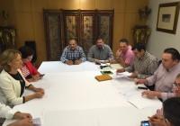 Carmen Ortiz emplaza a los productores a aunar esfuerzos con el fin de defender unos precios justos para los agricultores