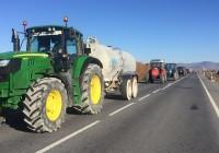 UPA Andalucía protesta por el reparto injusto de las ayudas ecológicas con más de 500 tractores