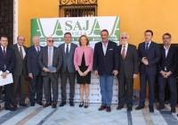 Carmen Ortiz felicita al sector por el cambio  de nombre de la DOP 'Jamón de Huelva' por 'Jabugo' y valora la labor de César Lumbreras sobre el sector agrario