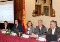 Carmen Ortiz anima a los almerienses a trasladar su liderazgo en piedra y agroalimentación al resto de industrias provinciales