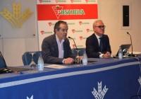 Freshuelva celebró su III Foro de Frutos Rojos en sede de la Caja Rural del Sur