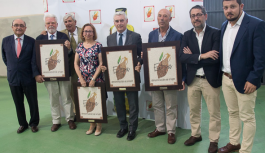 La Denominación de Origen 'Estepa' premia el trabajo del Ifapa, Asaja Sevilla, Revista Olimerca y como 'maestro olivarero' a Francisco Merchán