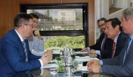 """Sánchez Haro da su apoyo a la aceituna negra ante la """"oportunista e injusta"""" denuncia por dumping de EEUU"""