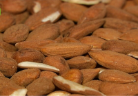 UPA Andalucía aconseja a los productores que no vendan su almendra sin precio
