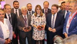 Díaz destaca el liderazgo en mercados internacionales de las frutas y hortalizas de Andalucía en Fruit Attraction