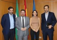 """Sánchez Haro destaca la importancia de los acuerdos entre la distribución y los productores locales para """"crecer juntos"""""""