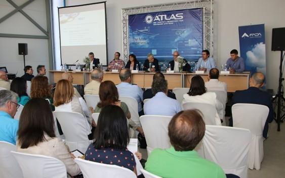 Una jornada de vuelos en el Centro Atlas de Jaén clausura el congreso UNVEX ECO-AGRO sobre la aplicación de drones