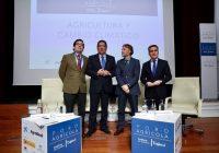 El Cambio Climático se debatió en el Foro Agrícola del Instituto de Estudios Cajasol