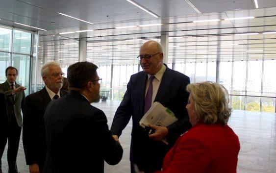Sánchez Haro valora que el comisario europeo de Agricultura reconozca la apuesta de Andalucía por el relevo generacional