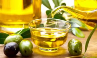 Las exportaciones de aceite de oliva en el primer mes de campaña 2018/19 alcanzan niveles máximos