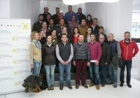Más de 40 técnicos de cooperativas se forman en prácticas sostenibles para el cultivo de la fresa en la provincia