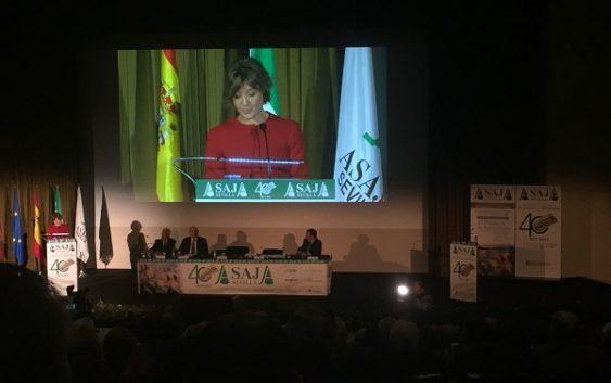 Isabel García Tejerina destaca la fortaleza del sector agroalimentario español y ratifica su apuesta por una PAC fuerte