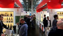 Doces bodegas andaluzas participan en la primera feria vinícola de Europa, Prowein 2018