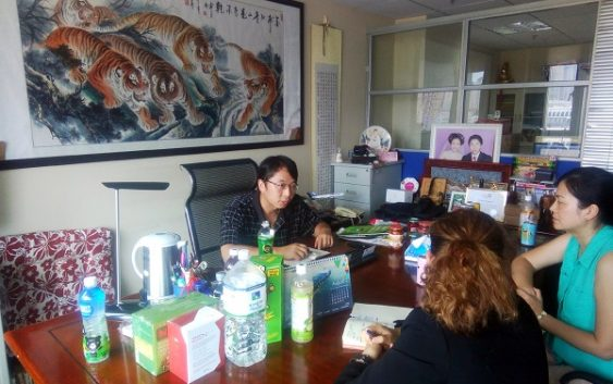 Firmas almerienses muestran su oferta de frutas y hortalizas a compradores internacionales y firmas andaluzas con chinos