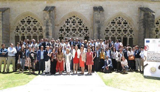 Extenda organizó un encuentro internacional entre 40 bodegas andaluzas y 37 importadores, en el marco de Vinoble 2018