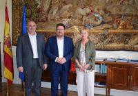 """Andalucía """"va a estar presente"""" en todos los foros en los que se aborde el desafío """"trascendental"""" de la despoblación"""