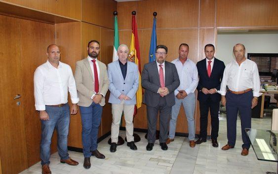 La Consejería de Agricultura entrega una ayuda de 510.000 euros a la Comunidad de Regantes de Palos de la Frontera