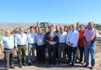 La Junta invierte seis millones de euros en retirar residuos plásticos de invernaderos abandonados en campos y cauces