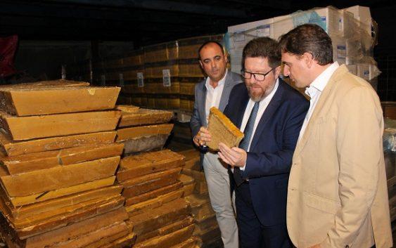 """Rodrigo Sánchez aboga por aprovechar la """"marca"""" de  la apicultura ecológica para la conquista de nuevos mercados"""