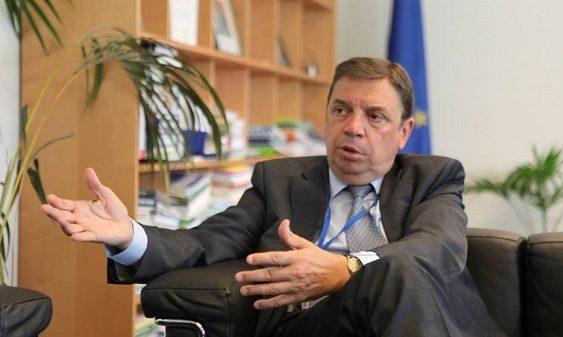Luis Planas valora la iniciativa comunitaria de llevar a la OMC las restricciones de EEUU a la aceituna de mesa