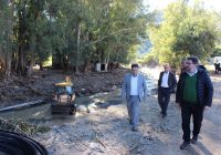 La Junta realiza obras de emergencia en un centenar de caminos rurales de Málaga y Sevilla