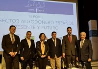 El sector algodonero español analiza su presente y futuro en Sevilla