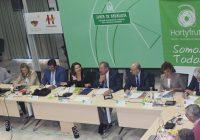 Crespo invita a Hortyfruta a participar en el grupo de trabajo de la nueva línea de ayudas a la fusión de entidades