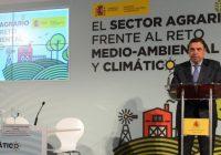 """Luis Planas: """"La agricultura y el sector forestal pueden contribuir eficazmente a la mitigación del cambio climático"""""""