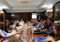 El secretario general de Agricultura y Alimentación, Fernando Miranda, preside la Mesa sectorial de aceite de oliva y aceituna de mesa
