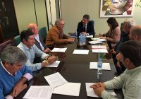La carga burocrática y las infraestructuras centran el encuentro entre Cooperativas de Huelva y el delegado de Agricultura