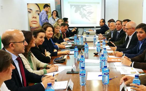UPA Jaén pide a la Junta de Andalucía que sea beligerante en la lucha contra la  venta a pérdidas del aceite de oliva