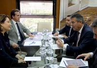 La Consejería de Agricultura y Endesa coinciden en explorar el potencial andaluz en energías renovables para generar empleo