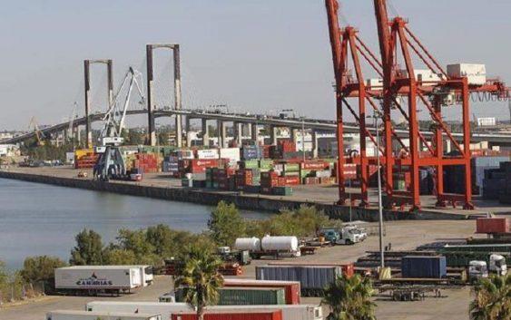 UPA Sevilla y ASARE, prudentes ante la licitación del puerto de Sevilla para dragar el Guadalquivir