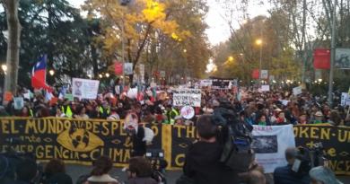 Más de 500.000 personas abarrotan las calles de Madrid para exigir medidas ante la emergencia climática